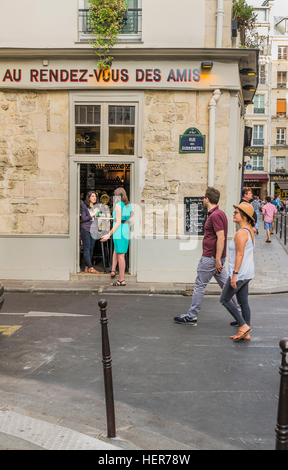 street scene in front of au rendez-vous des amis - Stock Photo