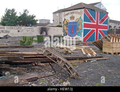Shankill Road Mural -2nd Batt UFF UDA Simply The Best, West Belfast, Northern Ireland, UK - Stock Photo
