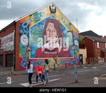 Sinn fein office belfast bobby sands starved himself to for Bobby sands mural falls road