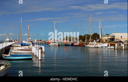 Queenscliff Harbour is located near the eastern end of Wharf Street and consists of several wharves which are home - Stock Photo