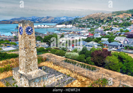 Of course, you get the best views of Lyttelton Harbour from the Summit Road, Bridle Path and the summits above Diamond - Stock Photo