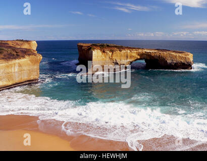 London Arch (formerly London Bridge) is an offshore natural arch formation in the Port Campbell National Park, Australia. - Stock Photo