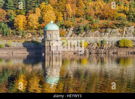 Garreg Ddu reservoir in the Elan Valley Mid Wales on a sunny autumn day - Stock Photo
