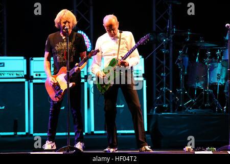 FILE PICS: London UK 24-Dec-2016 Status Quo guitarist Rick Parfitt has died in hospital in Spain aged 68,seen here - Stock Photo