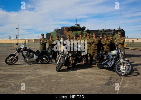 Members of the 1st Assault Amphibian Battalion Motorcycle Club, raised $1,000 during a club ride for Make-A-Wish, - Stock Photo
