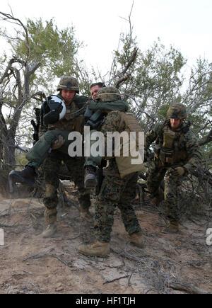 U.s. Marines With 3rd Platoon, Fox Company, 2nd Battalion, 1st ...