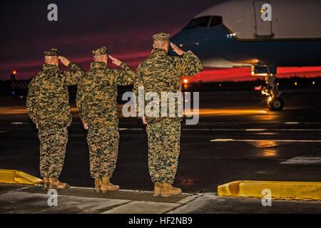 From left to right, U.S. Marine Corps Col. Matthew G. St. Clair, SgtMaj. Bryan K. Zickefoose, and Maj. Gen. William - Stock Photo