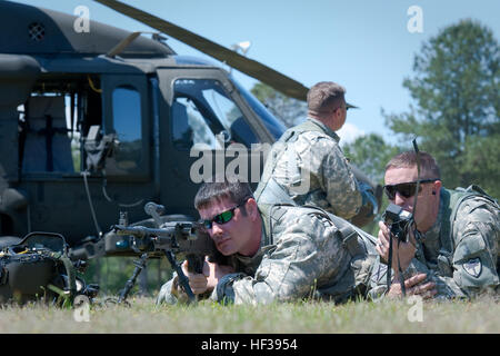 Sgt. Brandon Painter of Company A, 1-111th General Aviation Support Battalion, South Carolina Army National Guard, - Stock Photo