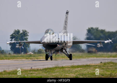 A U.S. Air Force F-16C Fighting Falcon taxis after landing at Graf Ignatievo Air Base, Bulgaria, during Thracian - Stock Photo