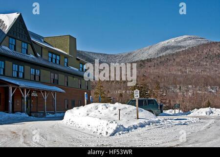 The Appalachian Mountain Club Highland Center at Crawford Notch, New Hampshire, USA, The AMC Highland Center, Mount - Stock Photo