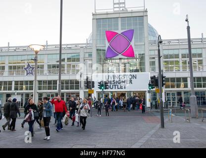 Livingston Designer Outlet shopping centre, Livingston, West Lothian. - Stock Photo
