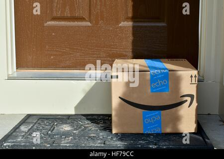 ... An Amazon Prime package delivered to the front door of a home - Stock Photo & An Amazon Prime package delivered to the front door of a home Stock ...