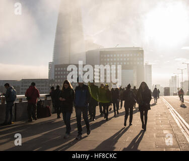 London, UK 28th December 2016. Drifting fog and low cloud makes for a day of magical light in central London.  The - Stock Photo