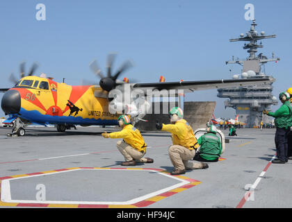 100611-N-6509M-942  ATLANTIC OCEAN (June 11, 2010) Shooters assigned to the aircraft carrier USS George H.W. Bush - Stock Photo