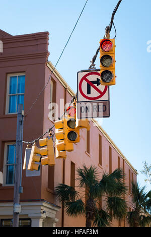 USA South Carolina Charleston cable of traffic lights signals & no right turn on red sign - Stock Photo