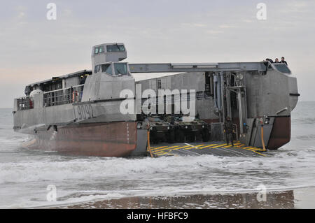 120206-N-VG904-340  ATLANTIC OCEAN (Feb. 6, 2012) A landing craft from the French amphibious assault ship FS Mistral - Stock Photo