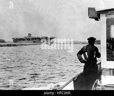 German aircraft carrier Graf Zeppelin during September 1945 at Stettin - Stock Photo