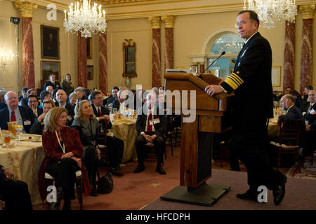 U.S. Navy Adm. Mike Mullen, chairman of the Joint Chiefs of  Staff delivers remarks at the Annual Chiefs of Mission - Stock Photo