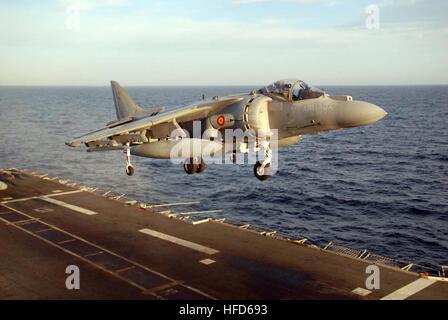 070223-N-3888C-004 BALEARIC SEA (Feb. 23, 2007) Ð An AV-8B Harrier II from the Spanish aircraft carrier Principe - Stock Photo