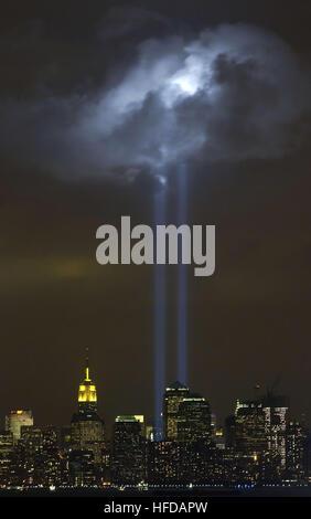 Tribute in Light Memorial September 9 2004 - Stock Photo