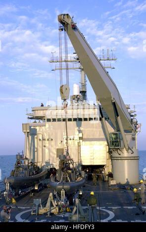 020115-N-8421M-084 At sea aboard HMAS Kanimbla (LPA 51) Jan. 15, 2002 -- Crew members aboard the Austrailian amphibious - Stock Photo