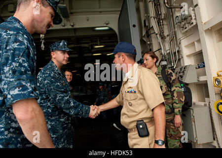 100731-N-LL432-048.USS NEW ORLEANS (LPD 18),  (July 31, 2010) USS New Orleans (LPD 18) Commanding Officer Cmdr. - Stock Photo