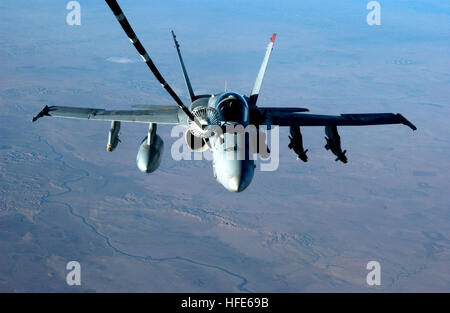 041126-F-3188G-121 Iraq (Nov. 26, 2004) - An F/A-18C Hornet assigned to the ÒBullsÓ of Strike Fighter Squadron Three - Stock Photo