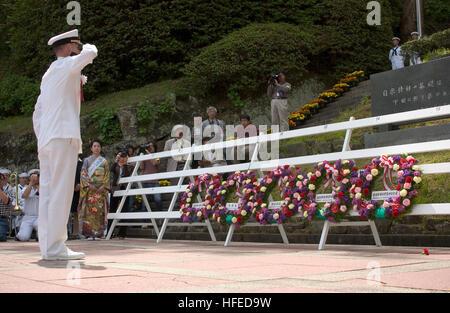 050521-N-9851B-009 Shimoda, Japan (May 21, 2005) Ð Commander, Fleet Activities Yokosuka, Capt. Gregory Cornish, - Stock Photo