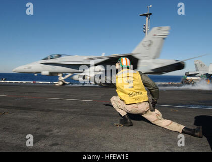 030219-N-4374S-010 Atlantic Ocean (Feb. 19, 2004) Ð An F/A-18 Hornet assigned to the ÒRampagersÓ of Strike Fighter - Stock Photo