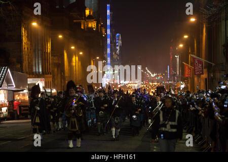 Edinburgh, Scotland. UK. 30th December. Edinburgh Hogmanay The Torchlight Procession. Pako Mera/Alamy Live News - Stock Photo