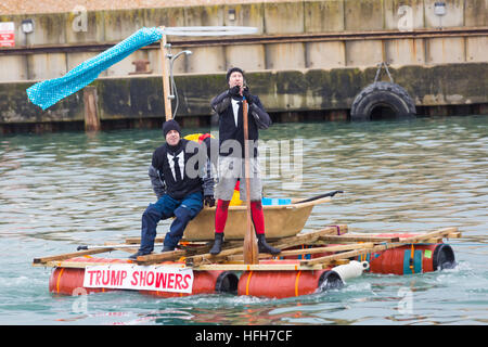 Poole, Dorset, UK. 1st Jan, 2017. Hundreds turn out to watch the New Years Day Bath Tub Race. A variety of unusual - Stock Photo