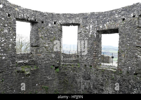 Walls and windows of the round keep of Dinefwr Castle in Llandeilo, Carmarthenshire Wales UK  KATHY DEWITT - Stock Photo