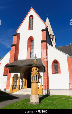 Murau: St. Matthäus parish church and gothic light column, Murtal, Steiermark, Styria, Austria - Stock Photo