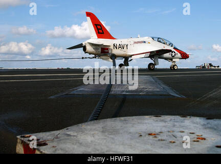 050626-N-5345W-115 Atlantic Ocean (June 26, 2005) - A T-45A Goshawk trainer aircraft, assigned to Training Air Wing - Stock Photo