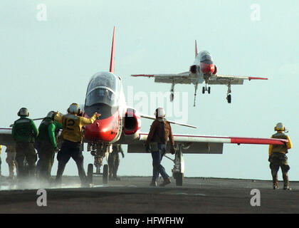 050627-N-4308O-052 Atlantic Ocean (June 27, 2005) - A T-45A Goshawk trainer aircraft, assigned to Training Air Wing - Stock Photo