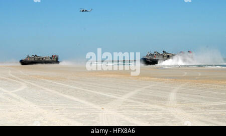 090425-N-2821G-147 MAYPORT, Fla. (April 25, 2009) Landing craft, air cushioned (LCAC) assigned to Assault Craft - Stock Photo