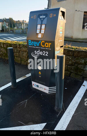 Brev'Car electric car recharging point in France - Stock Photo