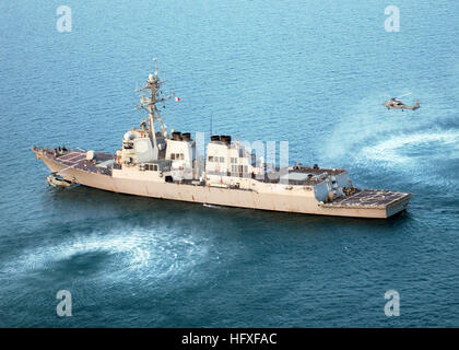 051026-N-9362D-065 Persian Gulf (Oct. 26, 2005) - An HH-60H and a SH-60F Seahawk helicopter, assigned to the 'Tridents' - Stock Photo