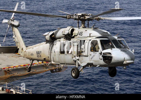 091212-N-7014G-002  CARIBBEAN SEA (Dec. 12, 2009) An MH-60S Sea Hawk helicopter from Helicopter Sea Combat Squadron - Stock Photo