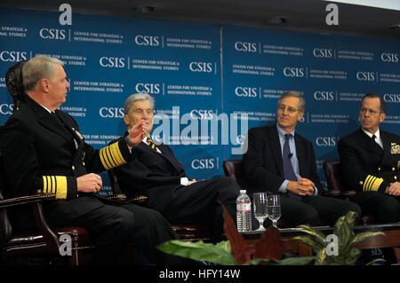 100129-N-8273J-070 WASHINGTON (Jan. 29, 2009)  Chief of Naval Operations (CNO) Adm. Gary Roughead, left,  participates - Stock Photo