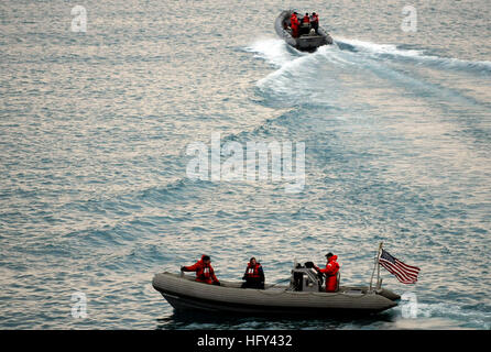 100318-N-7280V-325 BUSAN, Republic of Korea (March 18, 2010) Sailors assigned to the U.S. 7th Fleet command ship - Stock Photo