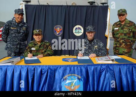 100319-N-5086M-076  BUSAN, Republic of Korea (March 19, 2010) Vice Adm. John Bird, commander of U.S. 7th Fleet, - Stock Photo