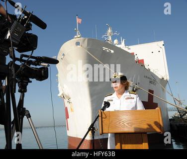 100501-N-6326B-048 SAN DIEGO (May 1, 2010) Rear Adm. Christine M. Bruzek-Kohler, commander of Naval Medical Center - Stock Photo