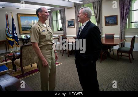 110616-N-UH963-091 WASHINGTON (June 16, 2011) Secretary of the Navy (SECNAV) the Honorable Ray Mabus congratulates - Stock Photo