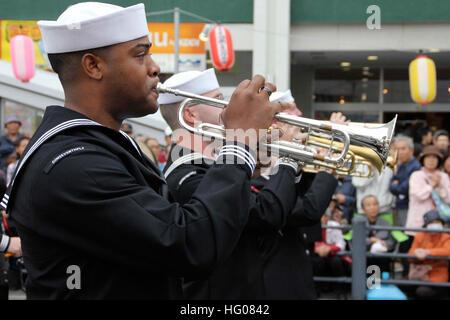 111030-N-MA031-082  FUJISAWA, Japan (Oct. 30, 2011) Members of the U.S. 7th Fleet Parade Band march during the Shonandai - Stock Photo