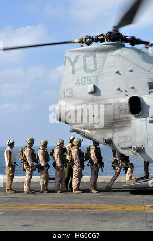 120112-N-KD852-097 ARABIAN SEA (Jan. 12, 2012) Marines assigned to the 11th Marine Expeditionary Unit (11th MEU) - Stock Photo
