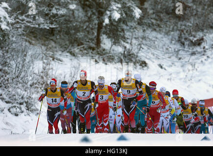Oberstdorf, Germany. 03rd Jan, 2017. Cross-country skiiers in action during the FSI Tour de Ski competition in Oberstdorf, - Stock Photo