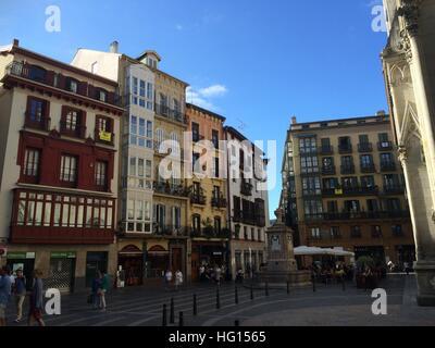 Bilbao, Spanien. 28th July, 2016. Die Altstadt von Bilbao (Spanien), aufgenommen am 28.07.2016. Aus der dahinsiechenden - Stock Photo