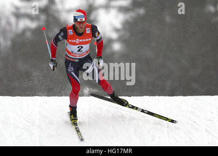 Oberstdorf, Germany. 04th Jan, 2017. Martin Johnsrud Sundby of Norway skis during the men's pursuit race during - Stock Photo