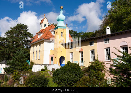 Cottages at the italianate village of Portmeirion, North Wales, UK - Stock Photo